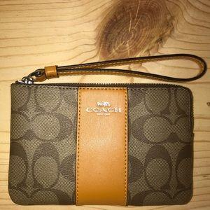 Coach Wristlet/Wallet Brand New W/Tags & Gift Box